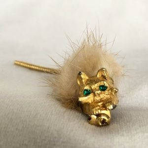 Jewelry - Faux Gold Cat Fuzzy Pin Brooch/ Cat Green Emerald